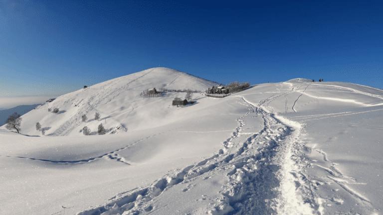 sentiero monte linzone in inverno